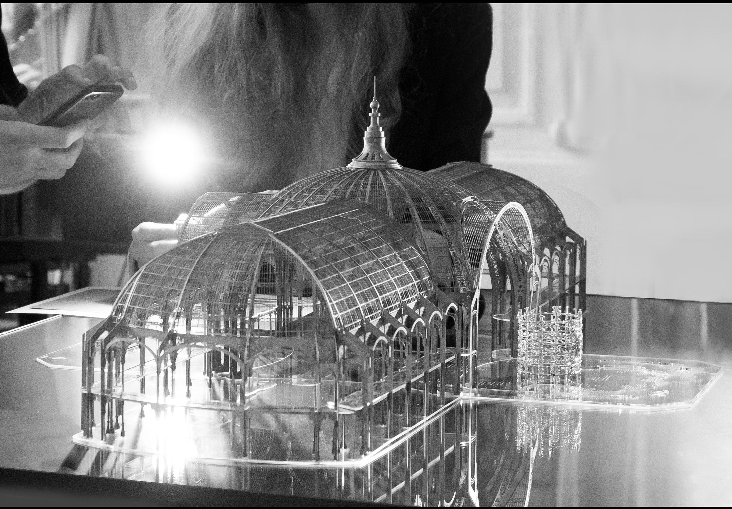 La Nef - Manchette - Mise en scène dans une maquette à échelle 1/250è - Irène - Paris Le Grand Palais - Haute Joaillerie - Architecture - Scénographie