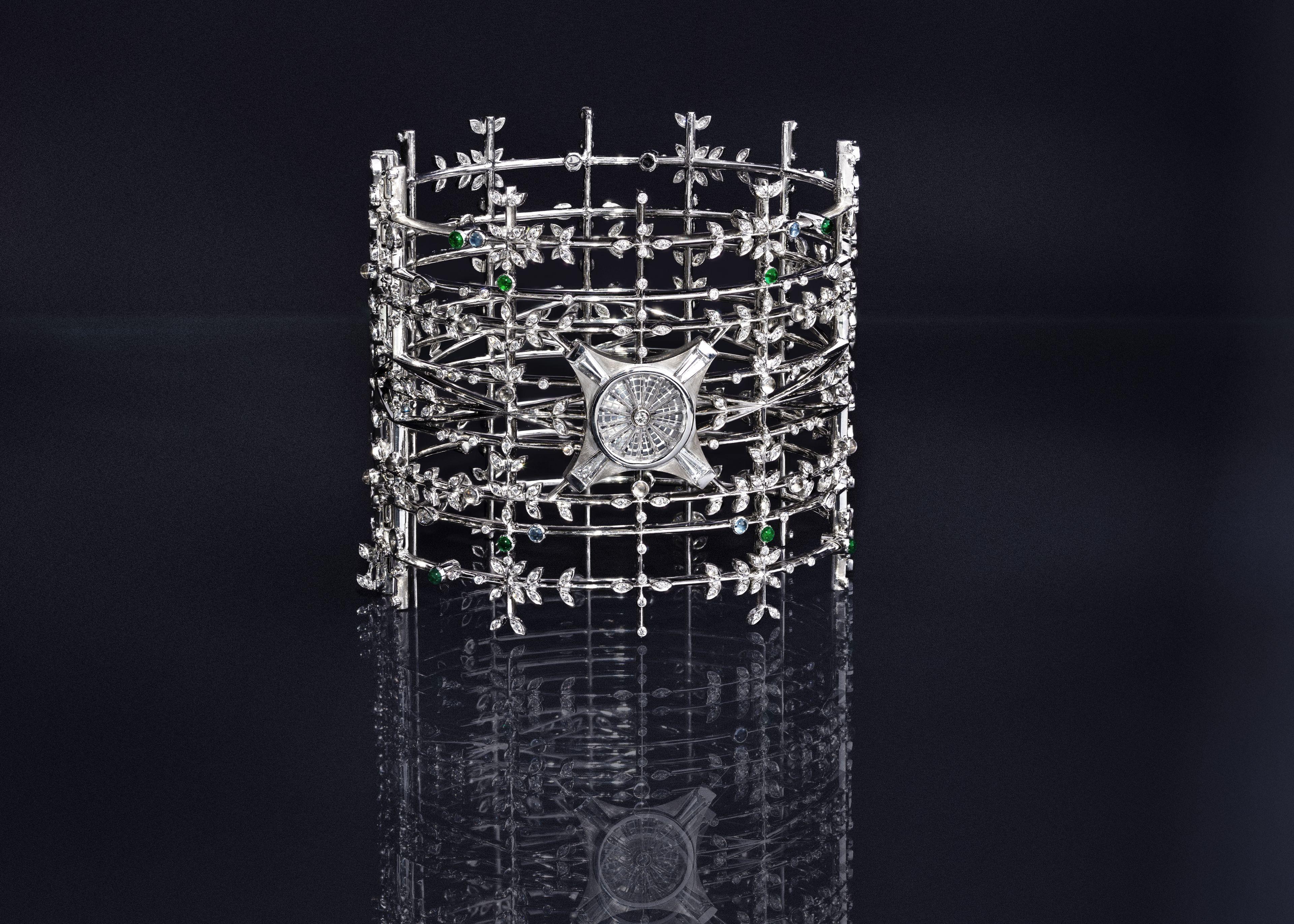 The Nave Cuff - White Gold, Diamonds, Rock Crystal, Emeralds & Aquamarine cabochons - Irène - Paris - le Grand Palais - High Jewellery - Architecture - Scenography